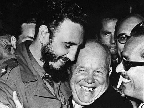 Hinh anh cuoc doi va su nghiep cua lanh tu Cuba Fidel Castro - Anh 9