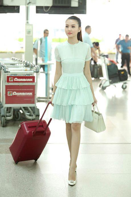Ngoc Duyen - Le Ha len duong di Phap xem show Victoria's Secret - Anh 1
