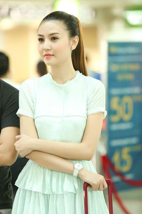 Ngoc Duyen - Le Ha len duong di Phap xem show Victoria's Secret - Anh 3