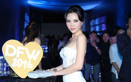 A hau Tra Giang tai xuat voi ve dep goi cam - Anh 3