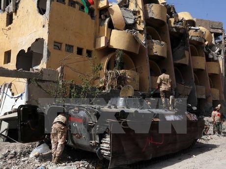 Quan chinh phu Libya mo dot tan cong Sirte, 8 binh sy thiet mang - Anh 1