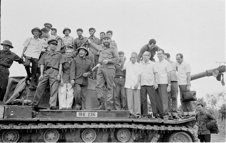 Nhung chuyen tham dang nho cua lanh tu Fidel Castro den Viet Nam - Anh 1