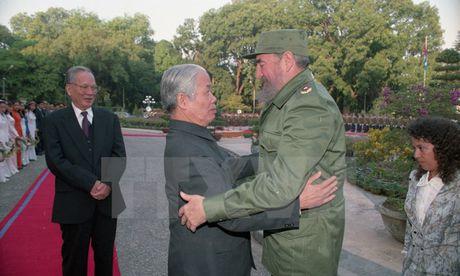 Nhung chuyen tham dang nho cua lanh tu Fidel Castro den Viet Nam - Anh 2