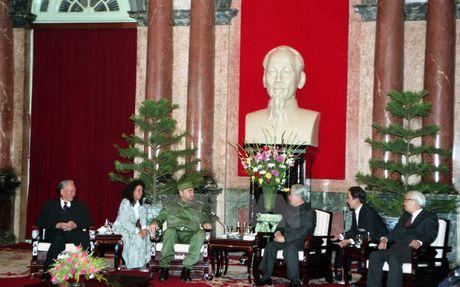 Nhung chuyen tham dang nho cua lanh tu Fidel Castro den Viet Nam - Anh 4