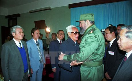 Nhung chuyen tham dang nho cua lanh tu Fidel Castro den Viet Nam - Anh 8