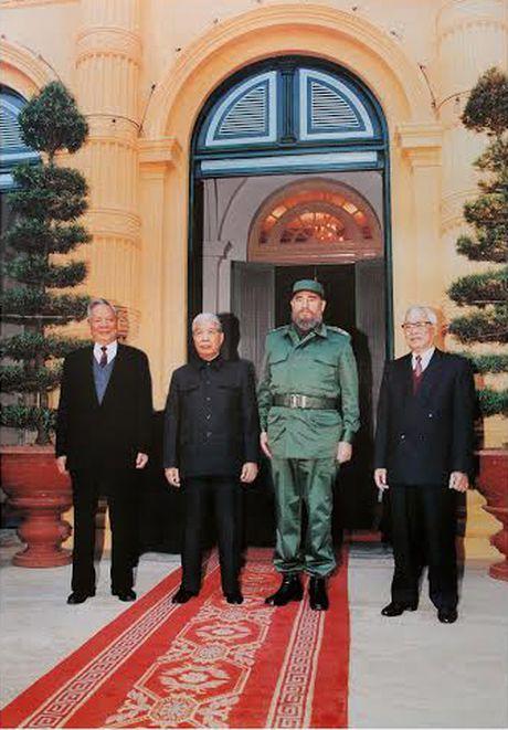 Tinh cam dac biet cua Viet Nam danh cho lanh tu Fidel Castro - Anh 5