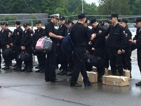 Thuyet am muu Nga chiem toan chau Au: Bo binh Kaliningrad - Anh 1