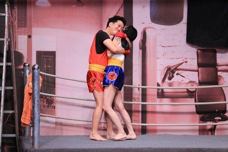 Hoai Linh xot xa vi Mai Ho bi 'ep' qua dang o On gioi, cau day roi - Anh 3