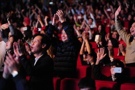 Khan gia 6x, 7x 'quay sung' nhu doi muoi trong dem nhac Modern Talking - Anh 4
