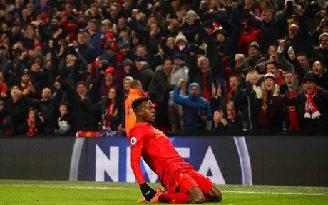 Coutinho len cang, Origi dem ngoi dau ve cho Liverpool - Anh 12