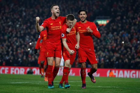 Coutinho len cang, Origi dem ngoi dau ve cho Liverpool - Anh 16
