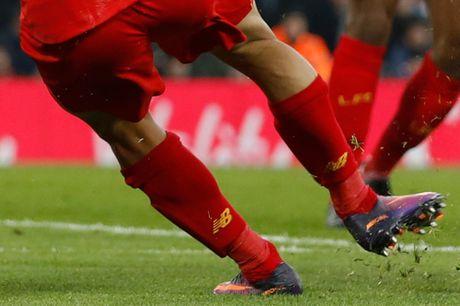 Coutinho len cang, Origi dem ngoi dau ve cho Liverpool - Anh 4