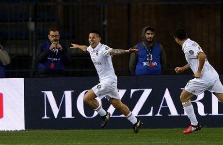 Da bai Empoli, Milan tam vuot mat Roma - Anh 1