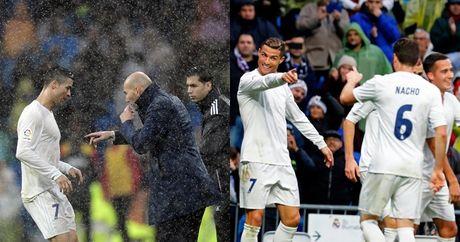 Zinedine Zidane: Thiet dau cong va han bang chan khi - Anh 2