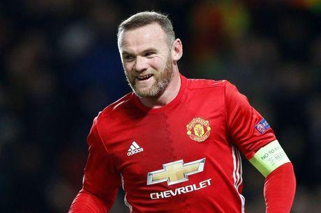 Wayne Rooney cam CDV 'tu suong' voi minh - Anh 1