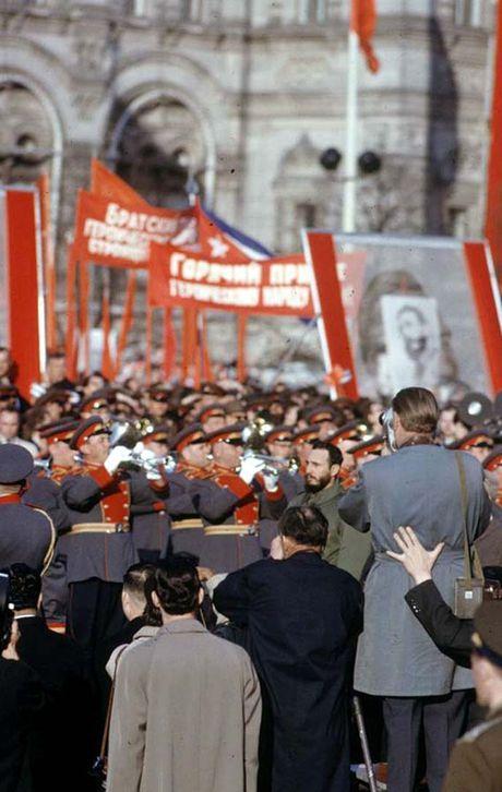 Anh hiem: Lanh tu Cuba Fidel Castro tham Lien Xo 1963 - Anh 10