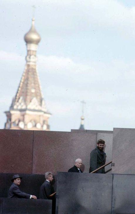 Anh hiem: Lanh tu Cuba Fidel Castro tham Lien Xo 1963 - Anh 11