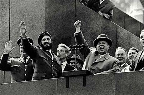 Anh hiem: Lanh tu Cuba Fidel Castro tham Lien Xo 1963 - Anh 12