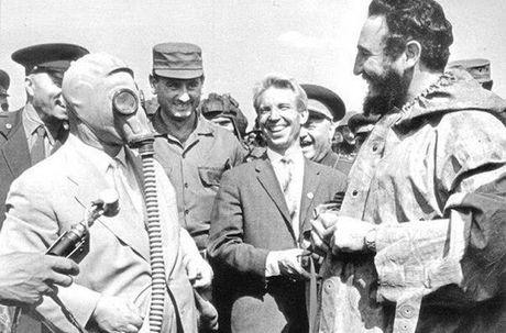 Anh hiem: Lanh tu Cuba Fidel Castro tham Lien Xo 1963 - Anh 14