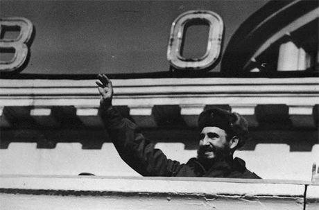 Anh hiem: Lanh tu Cuba Fidel Castro tham Lien Xo 1963 - Anh 1