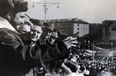 Anh hiem: Lanh tu Cuba Fidel Castro tham Lien Xo 1963 - Anh 4