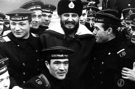 Anh hiem: Lanh tu Cuba Fidel Castro tham Lien Xo 1963 - Anh 5