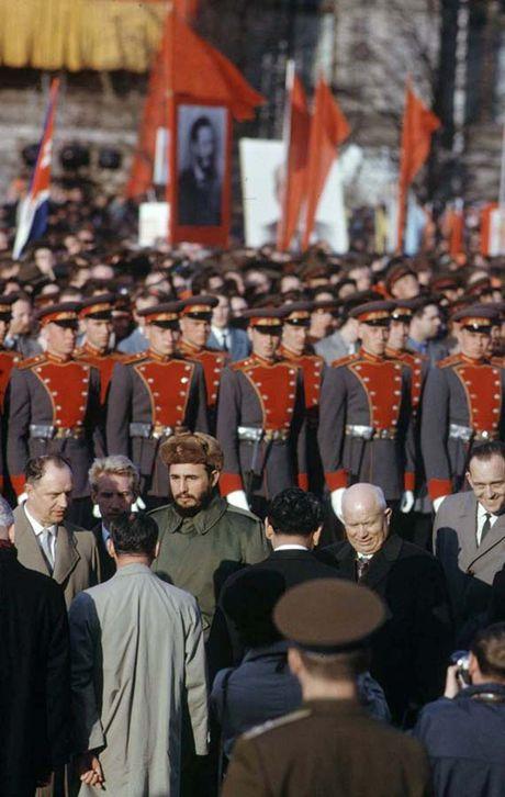 Anh hiem: Lanh tu Cuba Fidel Castro tham Lien Xo 1963 - Anh 9
