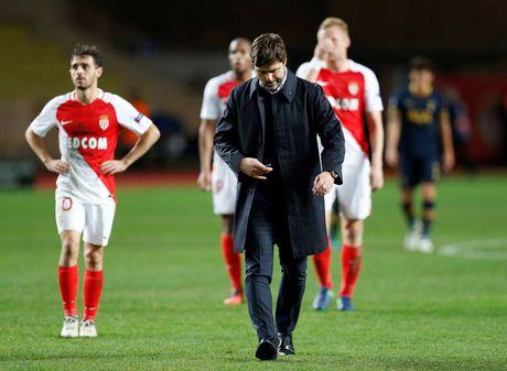 Pochettino khong phuc khi Tottenham de thua Chelsea - Anh 1
