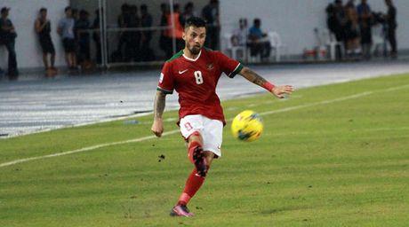 Chan sut so 1 cua tuyen Indonesia Stefano Lilipaly: 'Gap lai Viet Nam rat thu vi' - Anh 1