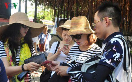 Luong du khach Nga den Nha Trang tang tro lai - Anh 1