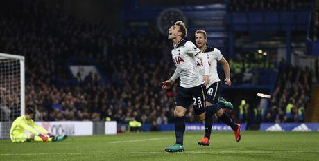 Nguoc dong thang Tottenham, Chelsea giu vung ngoi dau - Anh 3