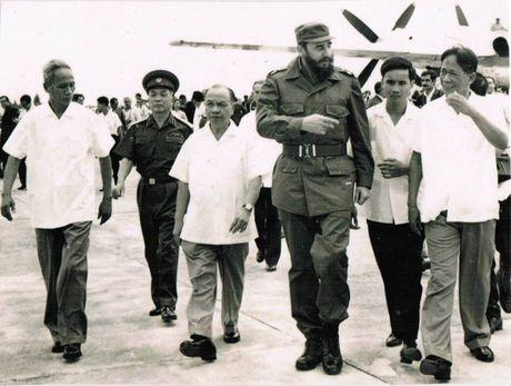 Dieu lanh tu Fidel Castro con nuoi tiec - Anh 1