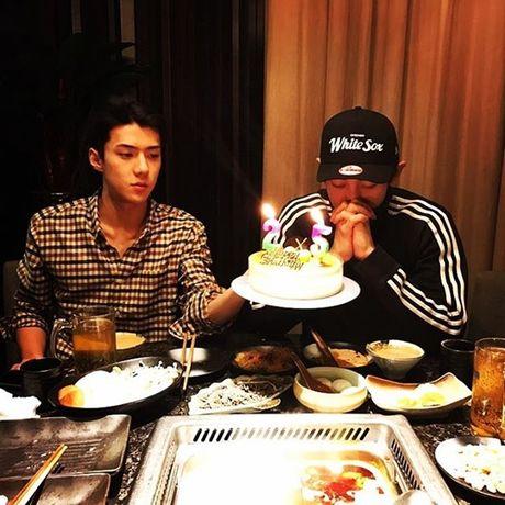 Sao Han 27/11: SNSD khoe nhan sac 'dep deu', Chan Yeol mung sinh nhat ben EXO - Anh 6