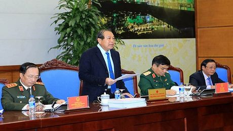 Pho Thu tuong Truong Hoa Binh: Xet duyet ho so dac xa phai cong khai, tuan thu dung phap luat - Anh 1