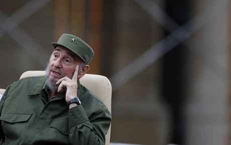 Nhung buc anh 'huyen thoai' trong cuoc doi hoat dong cua Lanh tu Fidel Castro - Anh 16