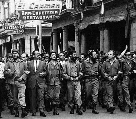 Nhung buc anh 'huyen thoai' trong cuoc doi hoat dong cua Lanh tu Fidel Castro - Anh 8
