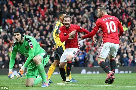 "MU - West Ham: Mourinho hung phan don ""Bua ta"" - Anh 1"
