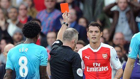 Arsenal: Xhaka, nguy co tu dat gia thanh hang ho - Anh 1