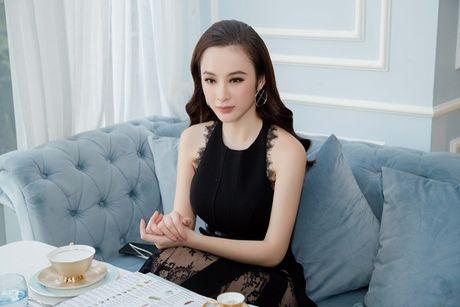 Angela Phuong Trinh: 'Ca doi, toi khong quen cu tat cua Mac Hong Quan' - Anh 1