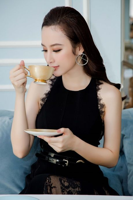 Angela Phuong Trinh: 'Ca doi, toi khong quen cu tat cua Mac Hong Quan' - Anh 2
