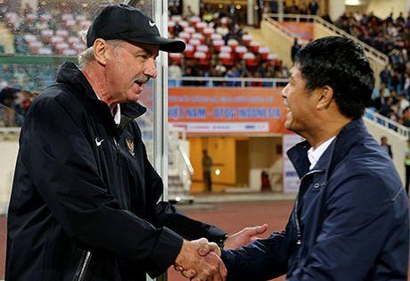 Ban tin The thao: HLV Alfred Riedl chi ra diem yeu cua DT Viet Nam - Anh 1