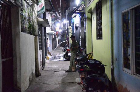Nam thanh nien nghi 'ngao da' dam chet nguoi dan ong - Anh 1