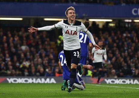 Nguoc dong danh bai Tottenham, Chelsea doi lai ngoi dau tu Liverpool - Anh 3