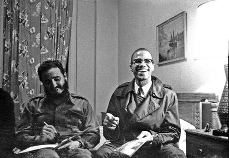 Khoanh khac 'huyen thoai' cuoc doi lanh tu Cuba Fidel Castro qua anh - Anh 4