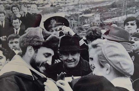 Khoanh khac 'huyen thoai' cuoc doi lanh tu Cuba Fidel Castro qua anh - Anh 7