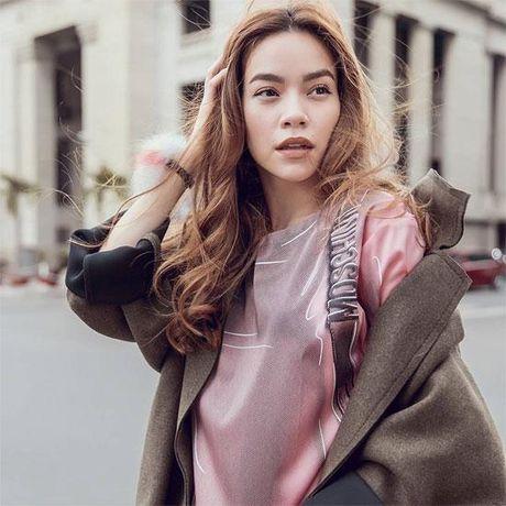 Nhung lan Ho Ngoc Ha 'cap ke' voi dai gia kim cuong khien dan tinh day song - Anh 1