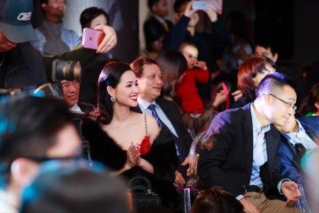 Hong Que tai xuat sau sinh 1 thang, do sac ben Tam Tit - Anh 9