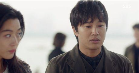 Diem danh nhung 'cameo' xuat hien trong 'Huyen thoai bien xanh' - Anh 7