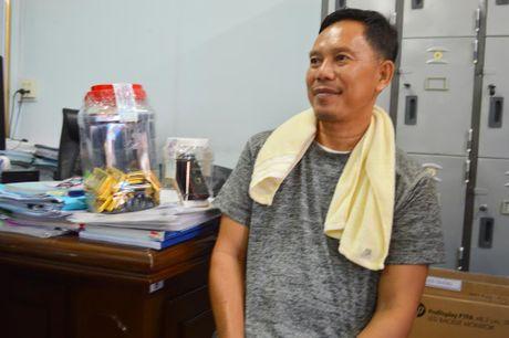Tam giu nghi pham van chuyen hon 479 luong vang trai phep - Anh 1