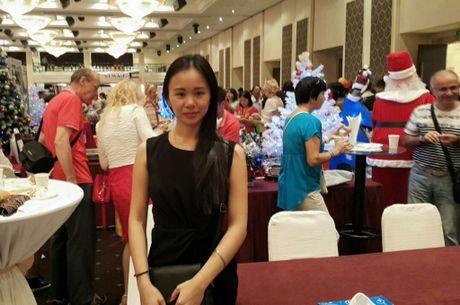 Hoi cho phu nhan lanh su 2016 thu hut hang ngan luot khach - Anh 3